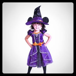 Disney Minnie Mouse witch costume with hat